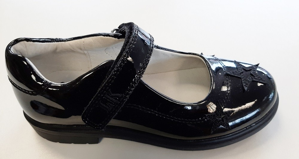 Lelli Kelly LK8274 Dara Girl Patent School Shoes with Heart decoration