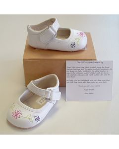Ickle Shooz White Embroidered Mary Jane Pram Shoes